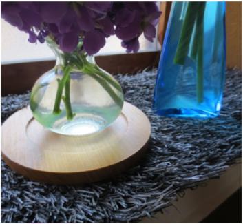 グレーと花瓶